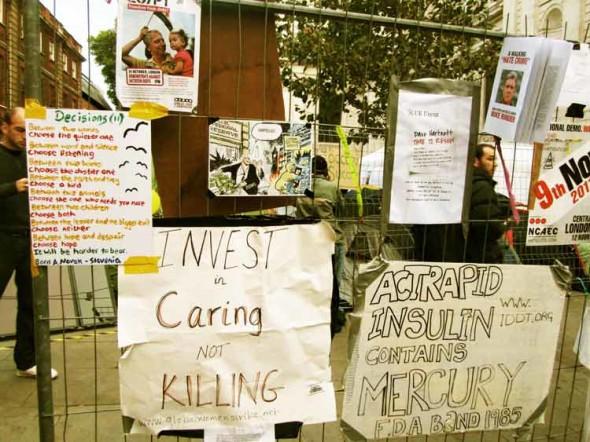 eltornillodeklaus occupy london caring killing