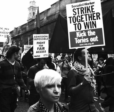 eltornillodeklaus-OCCUPY-LONDON-STRIKE-TOGETHER-TO-WIN