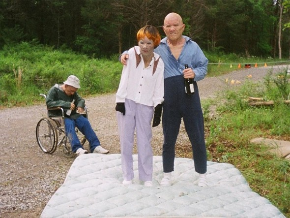 eltornillodeklaus-harmony-korine-trash-humpers-family-picture