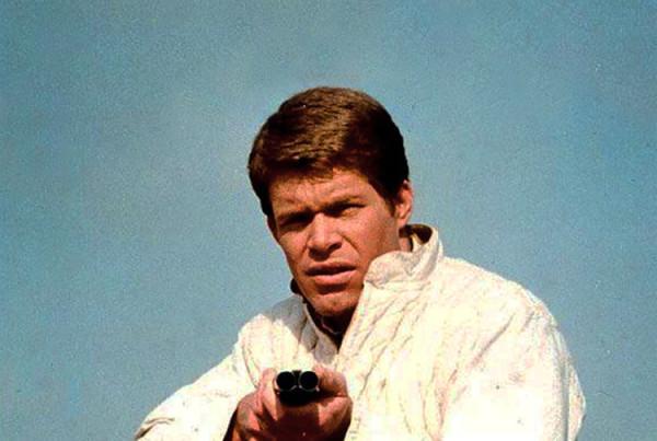 eltornillodeklaus-el-heroe-anda-suelto-targets-peter-bogdanovich-cine-Bobby-Thompson-Tim-OKelly-sniper-francotirador3