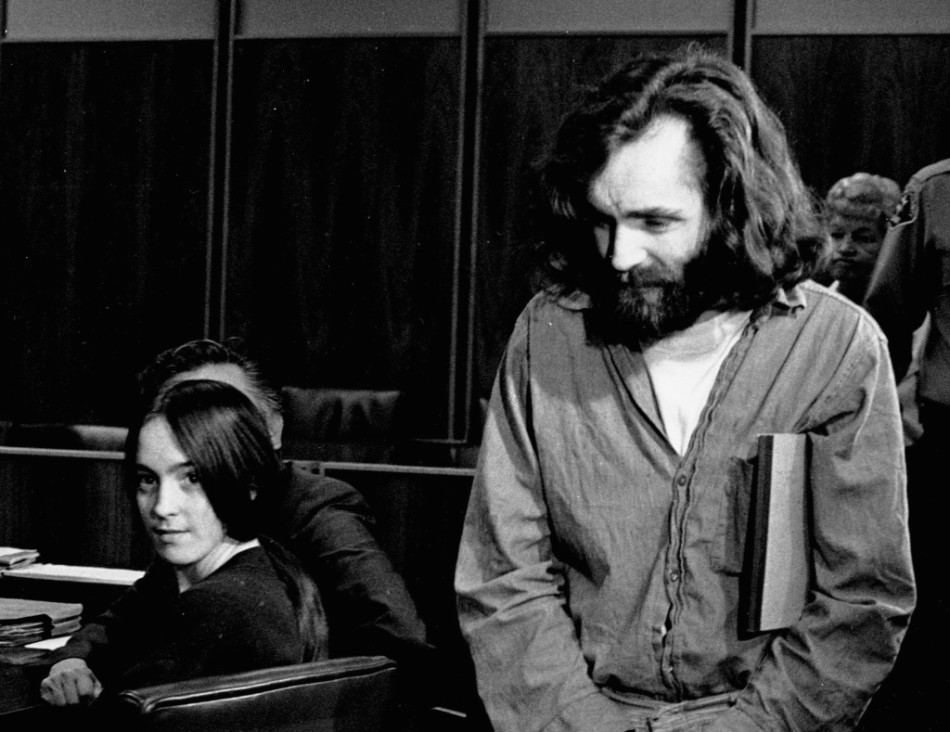susan atkins, Roman Polanski, Samantha Geimer, Jack Nicholson, Bob Evans, LA FAMILIA MANSON, Rancho Spahn, Spahn ranch,Lynette squeaky Fromme, Linda Kasabian,Helter Skelter, familia manson, manson family, El tornillo de Klaus, blog de cine, Peliculas, charles manson, Sharon Tate, Roman Polanski, film blog, blog, Alicia Victoria Palacios Thomas, Pablo Cristobal, Miguel Cristobal Olmedo, revista de cine, revista digital de cine