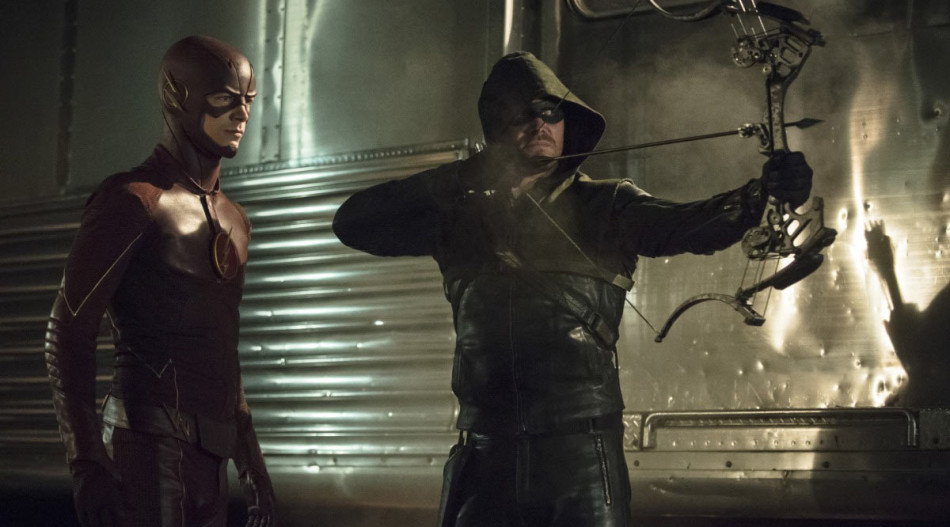 The Flash vs. Arrow, Alicia Victoria Palacios Thomas, Pablo Cristobal, Miguel Cristóbal Olmedo, Rasgos y caracteristicas de un superheroe, comics, peliculas de comics, frank miller, christopher nolan, batman, Chris Claremont, Alan Moore, Neil Gaiman, Grant Morrison, Peter Milligan, Jamie Delano, Alan Moore, jennifer connoly, jennifer garner, liv tyler, el cuervo, the crow, detroit, spiderman, travis bickle, michael caine, bob kane, avengers, josh weadon, spiderman, x-men, thor, daredevil, the flash, lobezno, bruce willis, arrow, vengadores, stan lee, revista de cine, critica de cine, criticas de cine, películas, películas 2016, criticas de películas, recomendaciones cine, que ver, cine culto, revista de cine imagenes, revista de cine y series, revista de cine independiente, revistas de cine en españa, blog de cine, revista de cine online