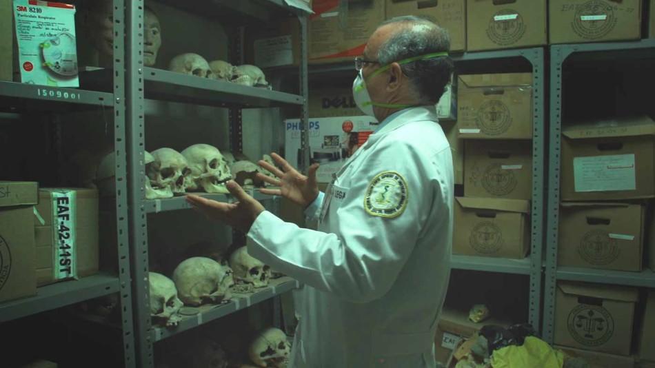 Documental , El Salvador, El cuarto de los huesos, Doctor Quijano,