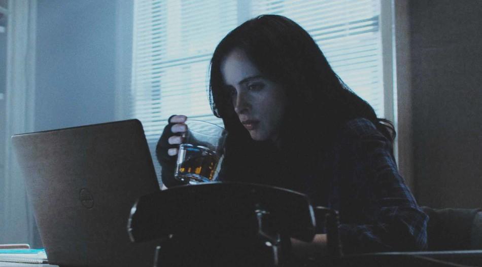 THE DEFENDERS: La telebasura nunca se fue de nuestros hogares, the defenders, el tornillo de klaus revista de cine, Jessica Jones, Krysten Ritter,